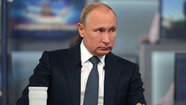 Во время прямой линии Путин позвонил Новаку из-за роста цен на бензин