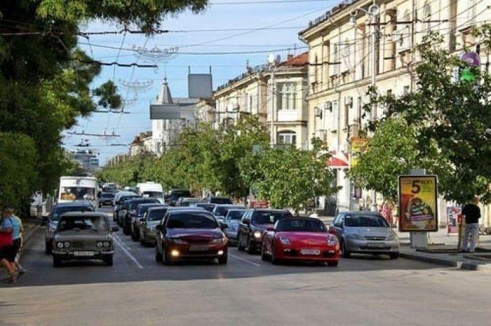 Сегодня в Севастополе ограничат движение транспорта