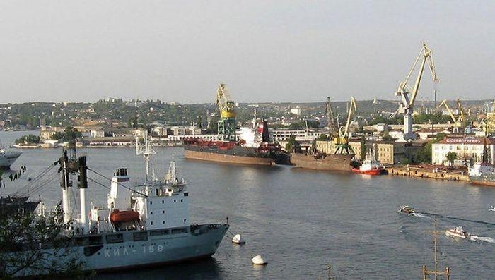 Севастопольский морпорт переехал в Камышовую бухту