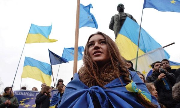 «Военно-дипломатическим путем»: на Украине разрабатывают план по возвращению Крыма