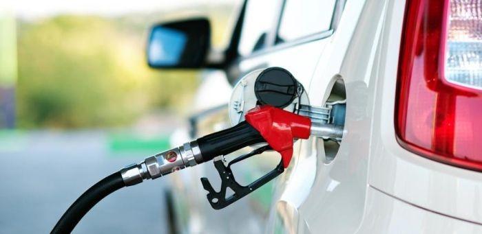 В Крыму снизили цены на бензин
