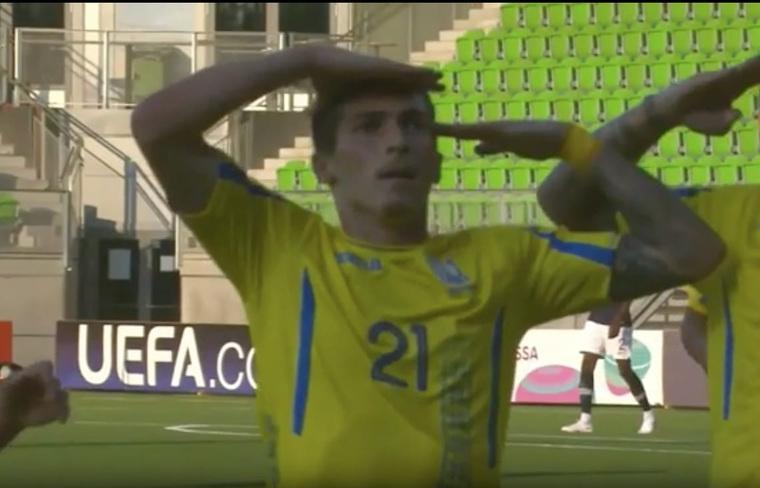 Украинского футболиста затравили в соцсетях за подражание Дзюбе