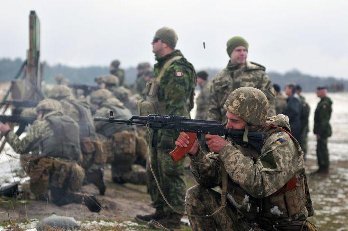 На Украине во время учений погибли трое солдат