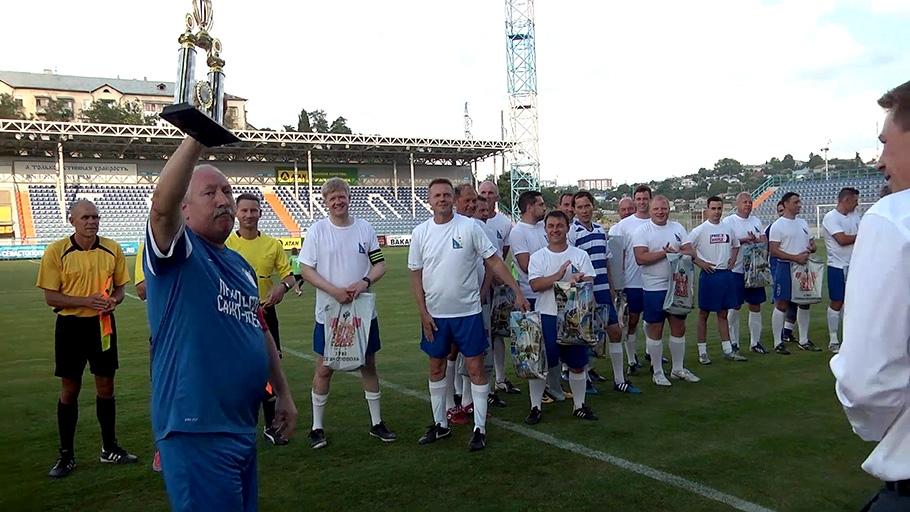 Чиновники из Севастополя и Санкт-Петербурга сыграют в футбол