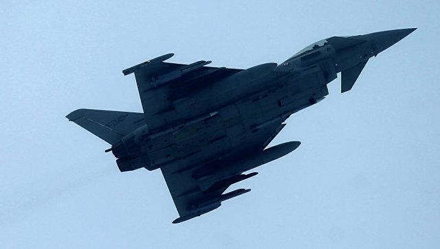 Великобритания заявила о перехвате российских Су-24 над Черным морем