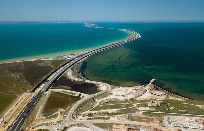 На подходе к Крымскому мосту по ночам будут приостанавливать движение