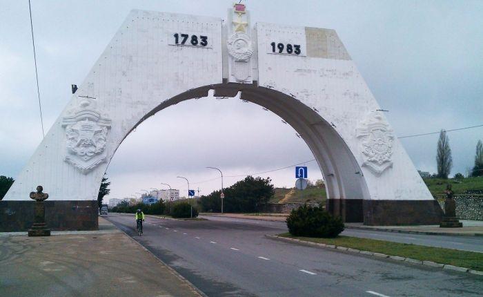 Автор арки на въезде в Севастополь подготовил проект обелиска в честь воссоединения с РФ