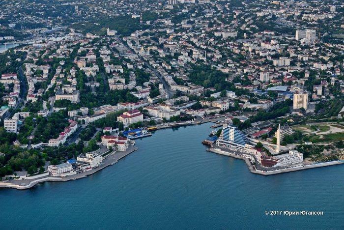 Все здания в центре Севастополя будут цвета слоновой кости с терракотовой крышей