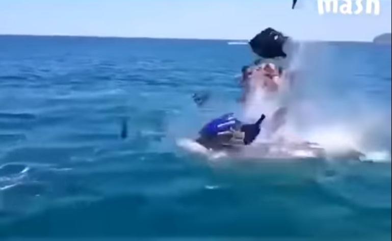 В Черном море взорвался гидроцикл с двумя пассажирами