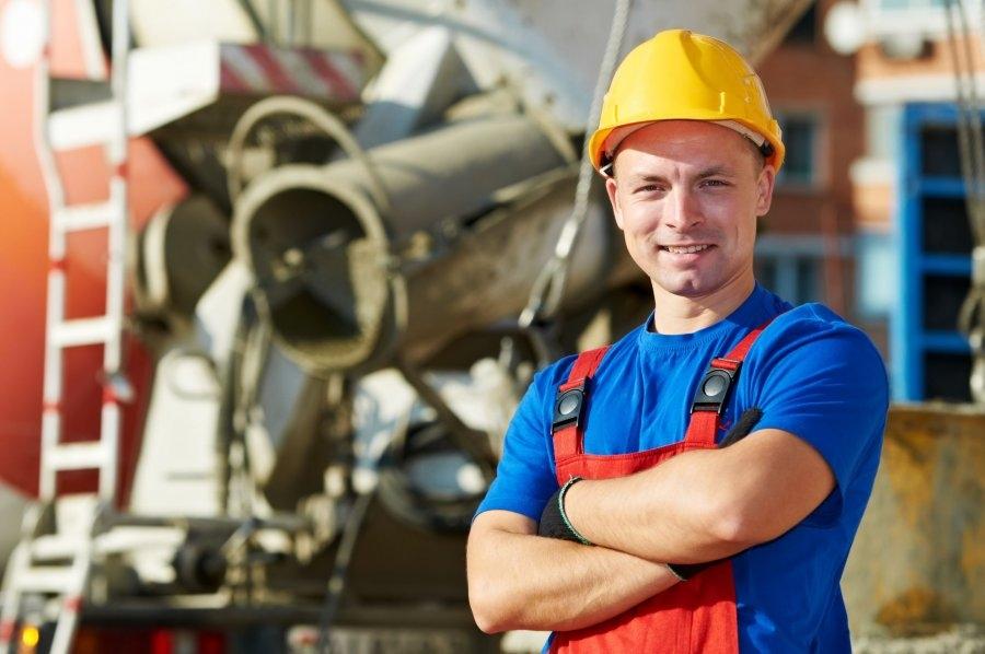 Кто в Севастополе приумножает достижения ветеранов строительной отрасли