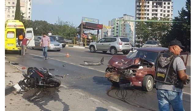 В Ялте разыскивают очевидцев жуткого ДТП, где вчера погиб пассажир байка