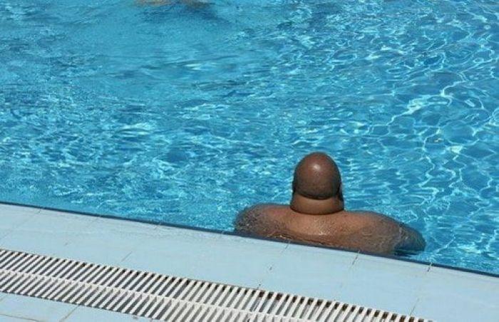 В Севастополе осудили педофила, подсматривающего за детьми в бассейне