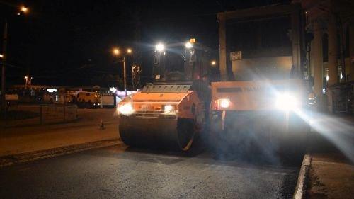 Стало известно, когда завершится ремонт дороги на площади Восставших