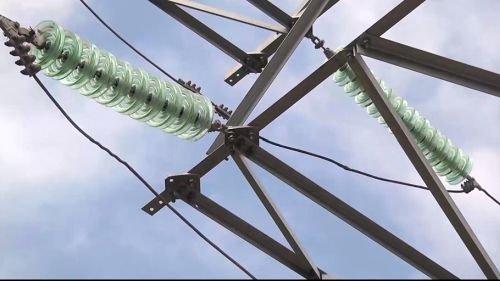 Армянск обесточен: химическое загрязнение добралось до линий электропередач