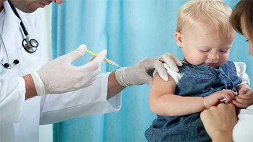 В Крыму и Севастополе уже привили от гриппа больше 225 тысяч человек