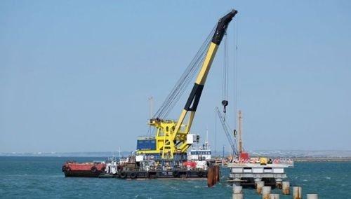 «Севморзавод» получил контракт на строительство второго плавучего крана