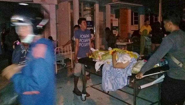 Почти 400 погибших: в Индонезии произошло землетрясение магнитудой 7,5