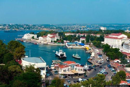 В Севастополе планируют снести «цепочку кафе» в Артбухте