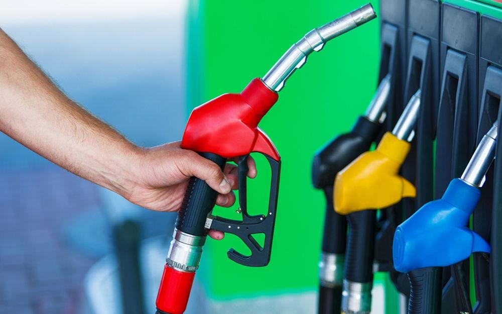 Цены на бензин снова поднялись на АЗС в Крыму