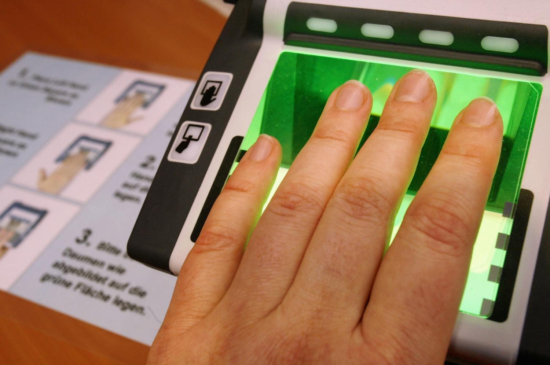 На Украине хотят ввести биометрические визы для россиян