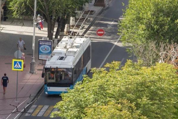 21 октября в центре Севастополя ограничат движение троллейбусов и маршруток