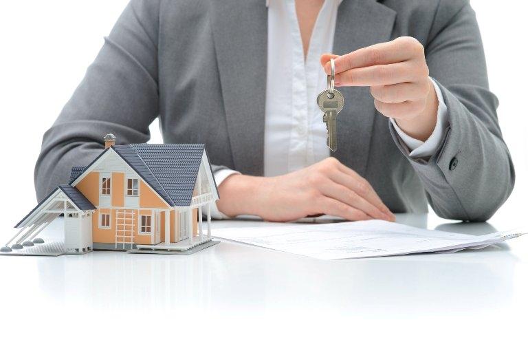Севастопольские чиновники незаконно отказали молодой семье в улучшении жилищных условий