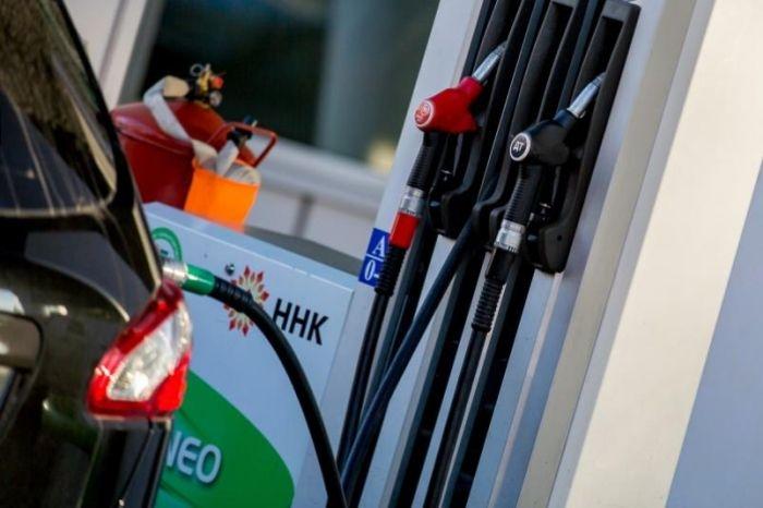 После открытия Крымского моста для движения грузовиков в Крыму увеличились цены на бензин