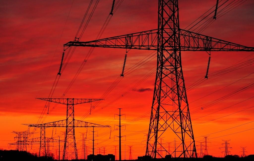 Крымские сёла оставались без электроэнергии из-за повреждённой дождём опоры