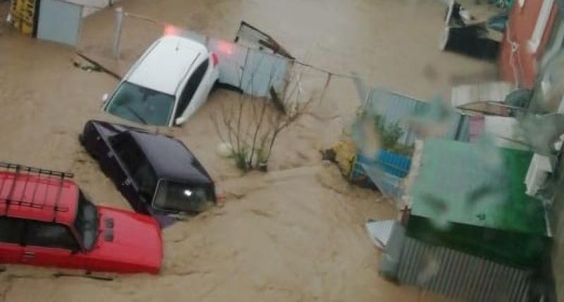 Режим ЧС в Краснодарском крае: из-за сильных подтоплений эвакуированы несколько населенных пунктов