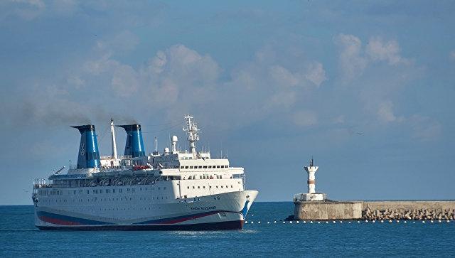 Греции предложили ввести безвиз для круизных судов из Крыма
