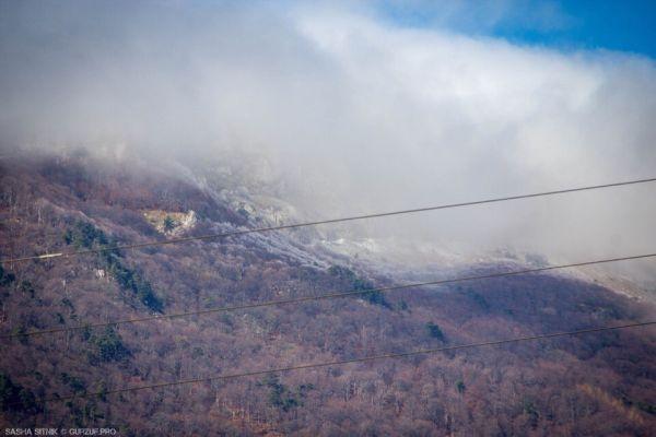 «Зима близко»: в горах Крыма выпал первый снег