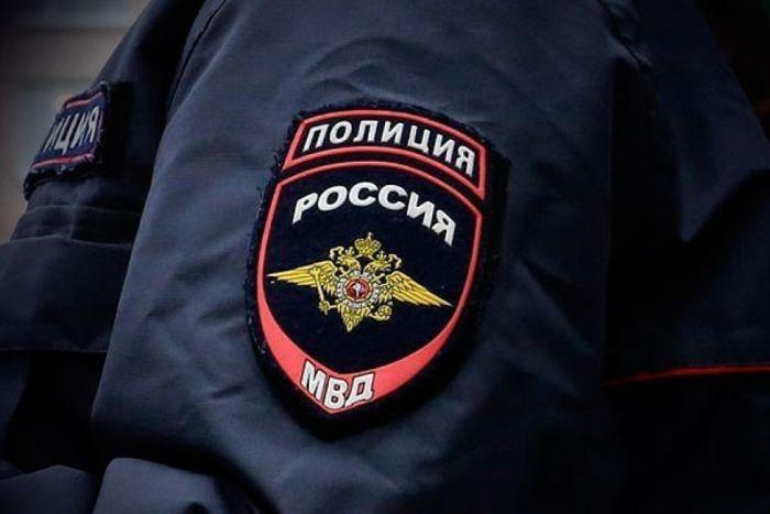 Учеников симферопольской школы эвакуировали из-за похожего на мину предмета