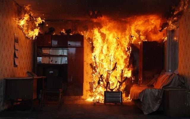 На пожаре в Севастополе погиб человек