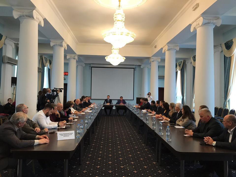 Совет предпринимателей Севастополя обсудил с чиновниками острые проблемы региона