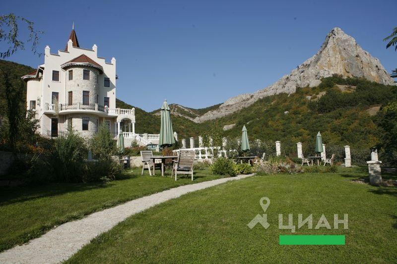 Крымский дом вошел в пятерку самой дорогой новогодней недвижимости