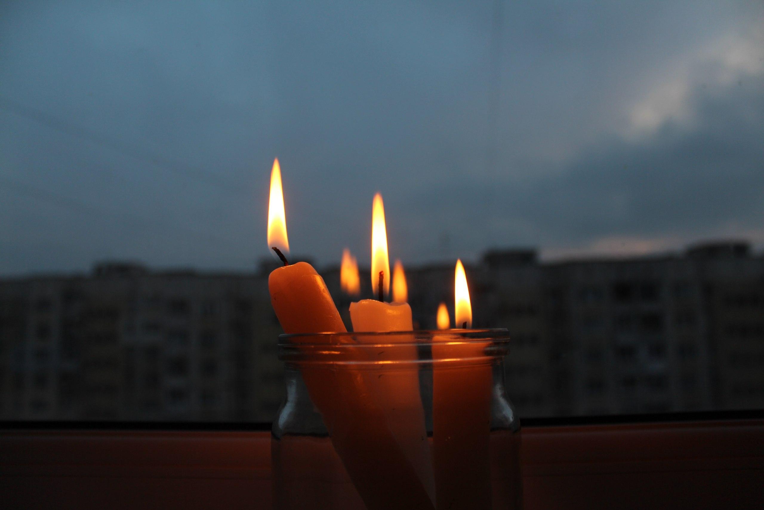 В Севастополе без света в понедельник останется торговый центр и целый посёлок