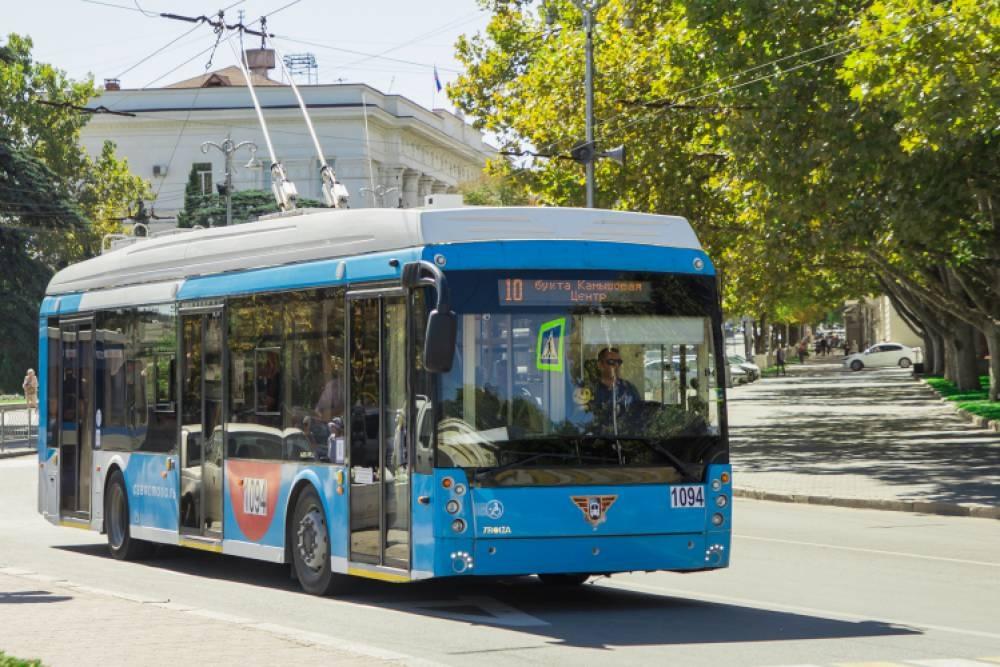 В Севастополе стали меньше ездить на общественном транспорте