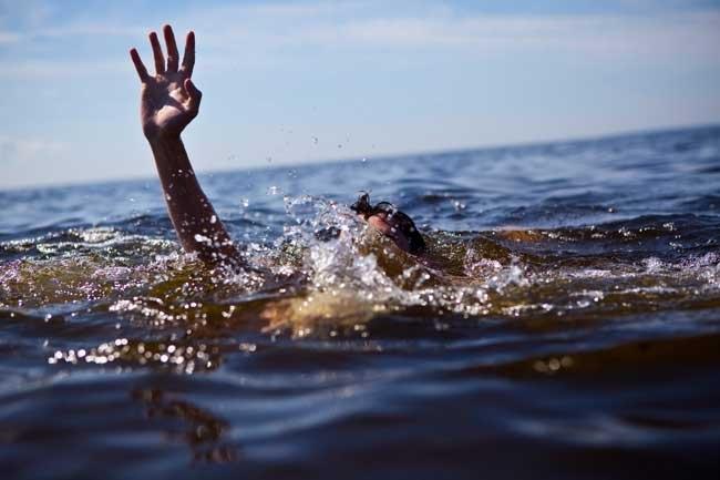 В Севастополе рыбак спас тонущего в море 4-летнего мальчика