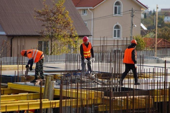 В Севастополе строят пять школ и четыре детсада