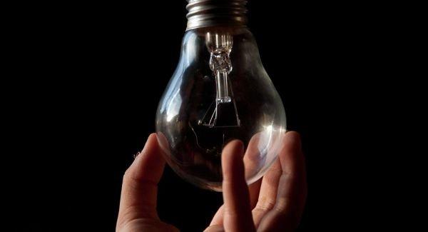 Сто тысяч абонентов в Крыму на полчаса остались без электроэнергии