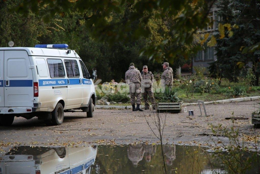 Новая тревога в керченском колледже: из здания срочно эвакуированы люди