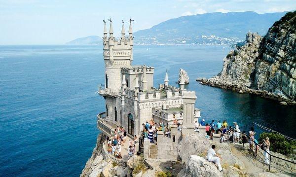 Стало известно, во сколько обойдется реконструкция замка «Ласточкино гнездо»