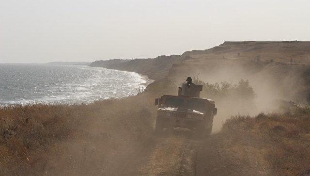 Эксперт пояснил, зачем Киев стянул войска к побережью Азова и Черного моря
