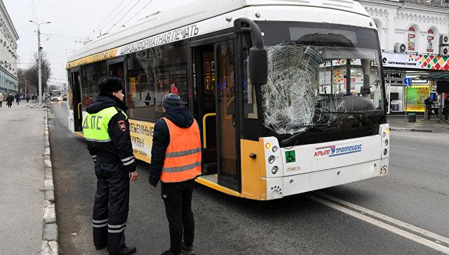 В Симферополе троллейбус сбил пешехода