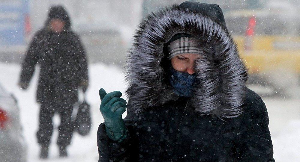 Экстренное предупреждение от МЧС: завтра в Крыму сильный ветер, обильные осадки, снег и гололедица