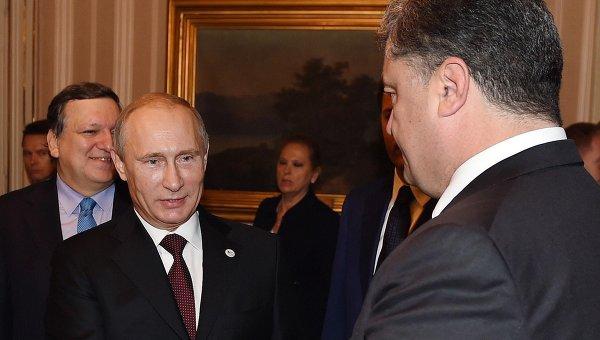 Порошенко назвал условие для победы Путина на выборах на Украине
