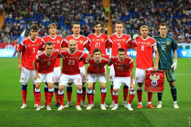 Сборную России сочли одним из фаворитов отборочного турнира Евро-2020