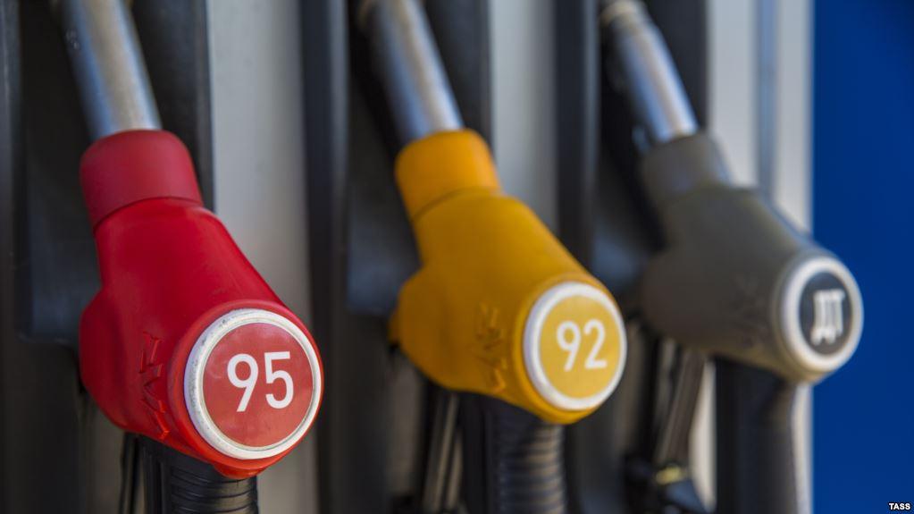 Путин рассказал, почему и насколько подорожает бензин в начале 2019 года