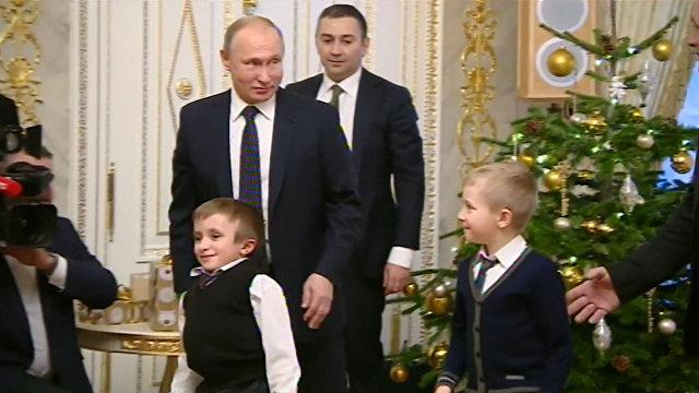 Увидеть Питер с высоты: Путин исполнил мечту тяжелобольного ребенка