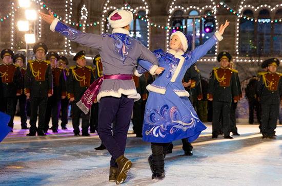 Ансамбль Росгвардии исполнил рождественскую песню Джорджа Майкла